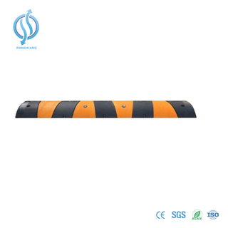 1830mm Rubber Speed Hump for Road Safety